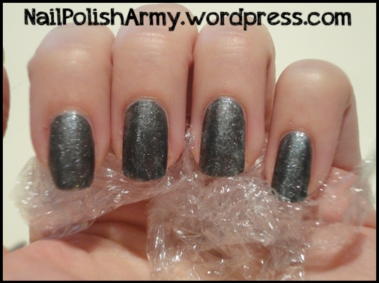 Saran-wrap-nails-kiko-304-argento-catrice-captain-sparrows-boat
