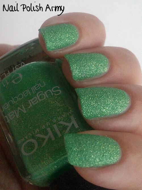 Kiko-Sugar-Mat-643-Verde-Primavera-Spring-Green-swatch-sand-effect-nail-polish-smalto-effetto-sabbia